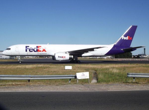 Boeing 757-2B7(SF) Federal Express Corporation (FedEx - FX)