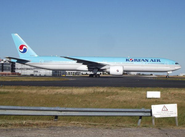Boeing 777-3B5(ER) Korean Air