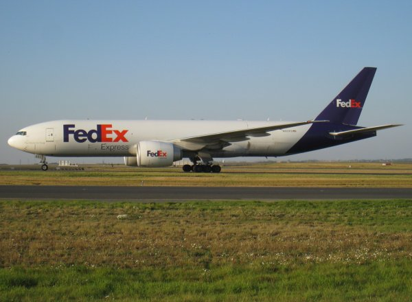 Boeing 777-FS2 + Boeing 757-23A(SF) Federal Express Corporation (FedEx Corp.)