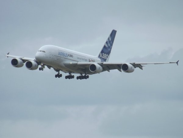 Airbus A380 Airbus Industries