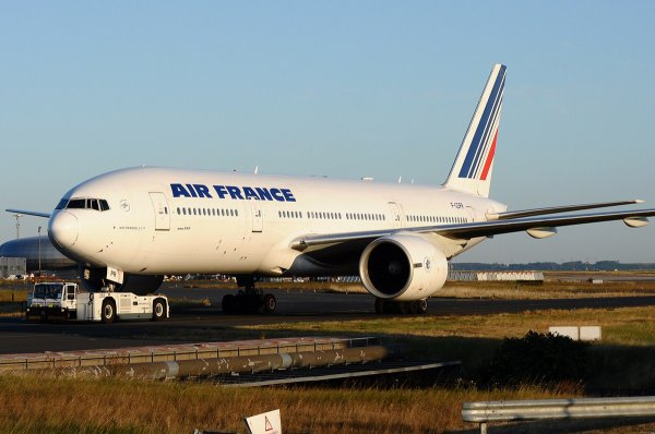 Boeing 777-228/ER Air France