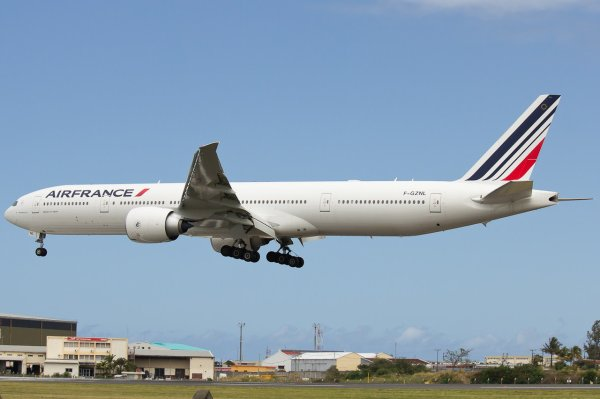Boeing 777-381(ER) Air France