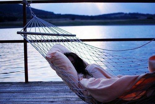 Desolée de ne pas etre optimiste mais la vie m'a rendu accés triste pour croire que l'amour eternel existe !