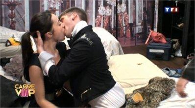 Benoit embrasse Alexandra !