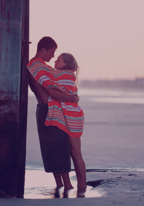 Vous avez peut-être besoin de vacances. Ou d'un amoureux qui vous prenne dans ses bras et vous fasse penser à autre chose. Je vis ça en ce moment. On oublie tous ses soucis.