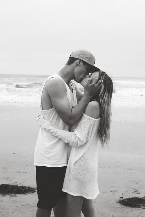 Il s'est passé un long moment depuis la dernière fois que j'ai vu ton visage, (...) Mais avec toi mes sentiments renaissent. (...)Je me sens mieux depuis que tu me connais, j'étais une âme esseulée mais ce n'est plus moi