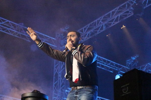 Tamer Hosny Mobinil New Year EVE 30-12-2013.