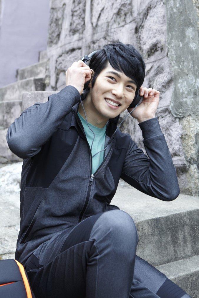 JONG HYEON