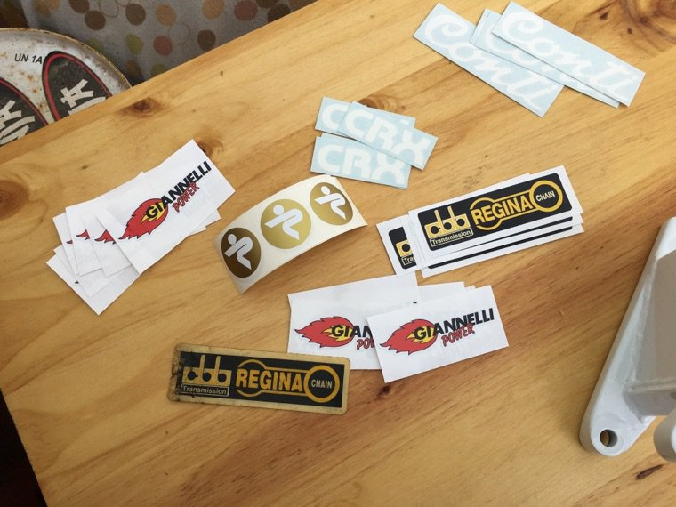 Sticker Conti