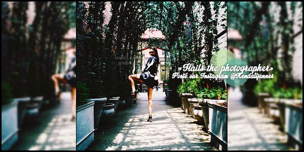 - 19/06/15 : La sublime top se dirigeait sur les lieux d'un tout nouveau photoshoot (secret ?) à : New-York City.   Kendall a aussi dévoilé une photo sur les lieux du shoot, postée sur le réseau Instagram. Elle avait laché ses cheveux avec un petit bun sur le haut. -