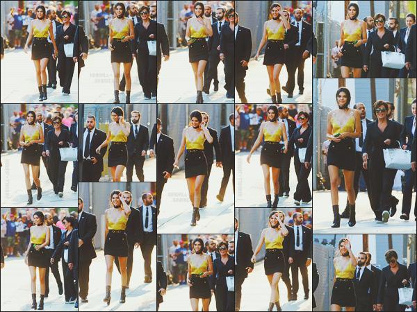 - -• 24/08/16-' : Notre jolie Kendall Jenner s'est rendue sur le plateau de l'émission « Jimmy Kimmel Live », Los Angeles.    Kenny s'est confiée sur sa couverture pour Vogue USA et a également fait quelques révélations, ses nouveaux voisins la déteste .. K était superbe ! -