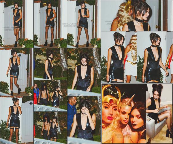 - -• 28/10/16-' : Kendall Jenner arrivait au « Annual Halloween Bash » de Kate Hudson dans le quartier de Pacific Palisades    Halloween approchant à grand pas, c'est dans un costume plutôt gothique que la belle mannequin s'est rendue à la soirée fréquentée par des stars... -