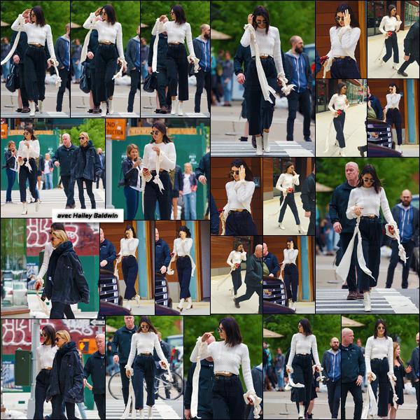 - ''30.04.17'-''─''Kendall Jenner déambulait dans les rues avec Hailey Baldwin puis Bella Hadid dans New York City ![/s#00000ize]Se trouvant à présent en compagnie de ses amies mannequins, dans la grande ville de New York, les filles ont aussi été aperçues dans une boutique. -