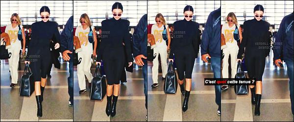 .  12/01/18 - madame  Kendall  Jenner a été vue à l'aéroport de Los Angeles, seule au monde  un top ou flop ?La belle était vraiment habillé d'une façon horrible,  sinon une direction inconnue, peut-être direction New-York City pour des projets, un flop.  .