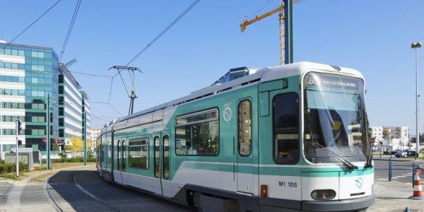 RATP : LIGNE T1 PLEIN DE PROLONGEMENT QUI FORCE LA LIGNE A SE SEPARER
