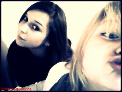 Christina&Sabrina.