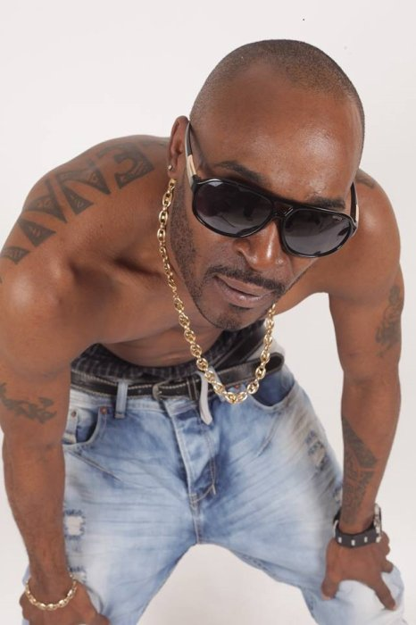 Recording Artist /Songwriter/ Rapper  http://mcclenny.wixsite.com/vincemcclenny  Vince_,mc_clenny