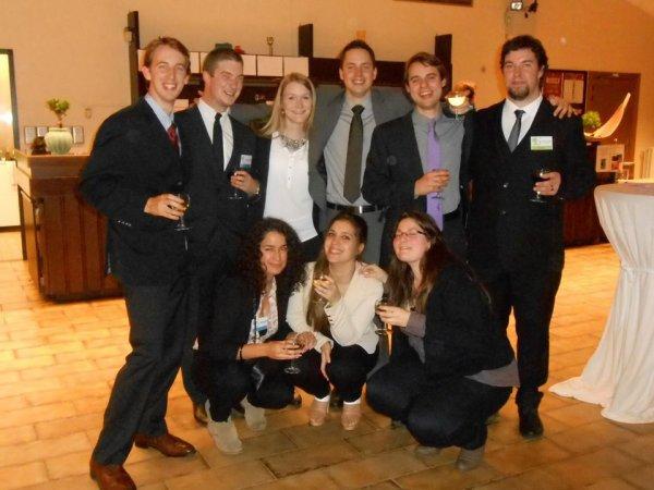 La fine équipe du Conseil Etudiant Charlemagne : cru 2014