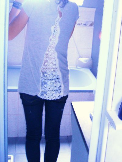 Teeshirt dentelle dérrière