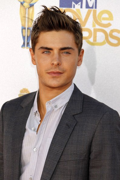2011 MTV Movie Awards : J-13