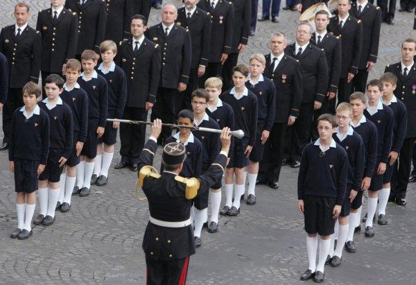 Les Petits Chanteurs à la croix de bois, à Paris, le 14 juillet 2007