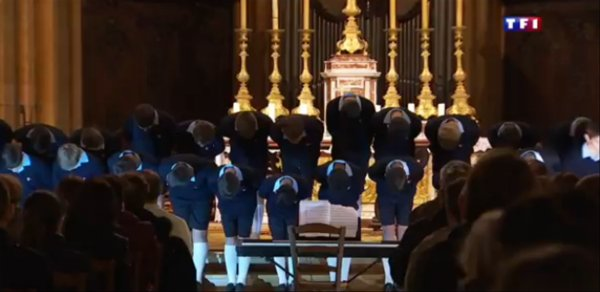 Reportage - Dans les coulisses des Petits Chanteurs à la Croix de bois (2/12)