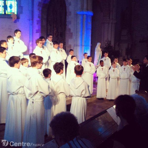 """Les Petits Chanteurs à la Croix de Bois en concert """"d'au revoir"""" à Autun"""
