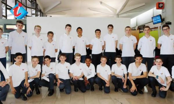 Les Petits Chanteurs à la Croix de Bois à la Réunion