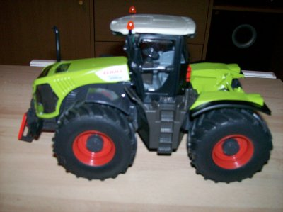new achat (Claas Xerion 5000 )