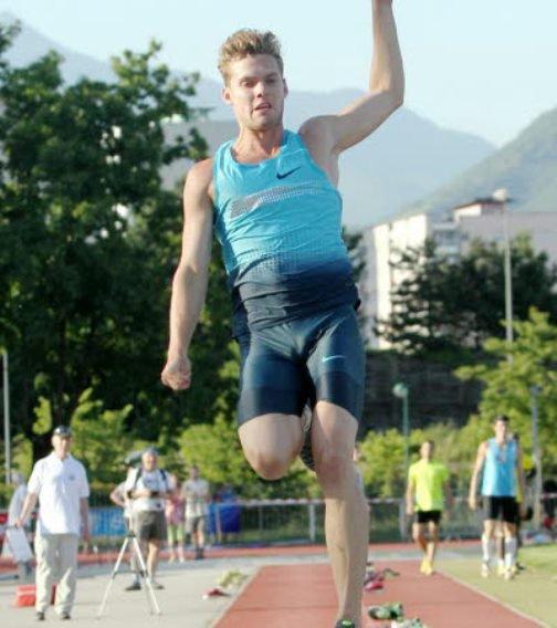 872. Athlétisme