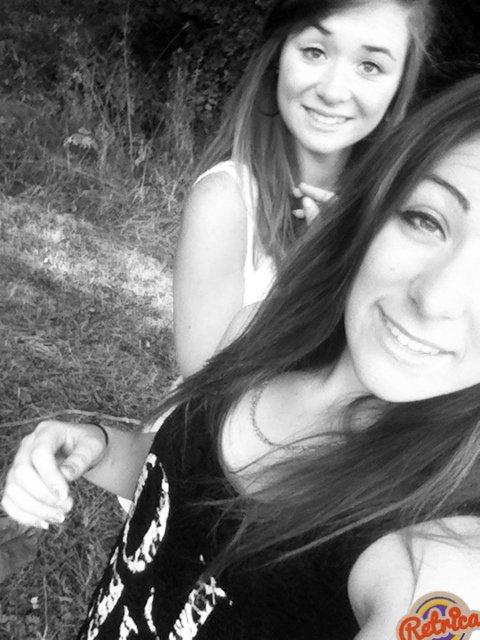 Carolane et Coralie. ♥