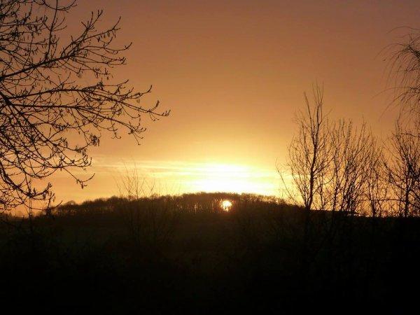 petit lever de soleil ce matin avant qu'il se cache derriere les nuages