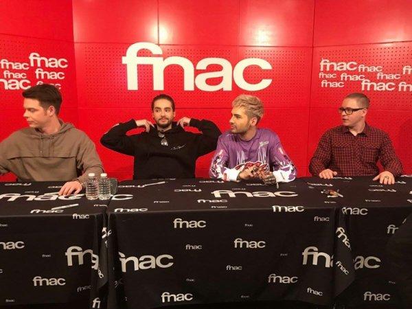 Dedicace du groupe a Paris Fnac St Lazare 20.03.2017) suite