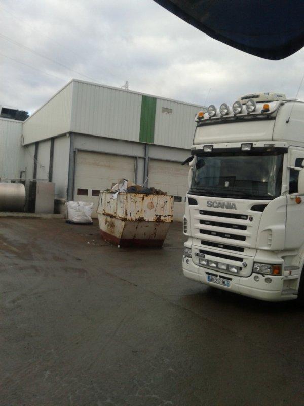 Scania vue au abbatoire de la Talaudière (42)