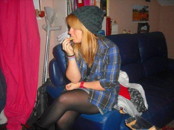Facebook : Jennifer Piret  (Hh'