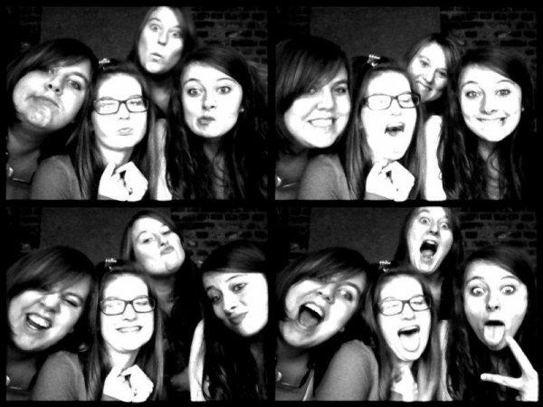 Mes soeurs, ma vie, ma fierté.♥