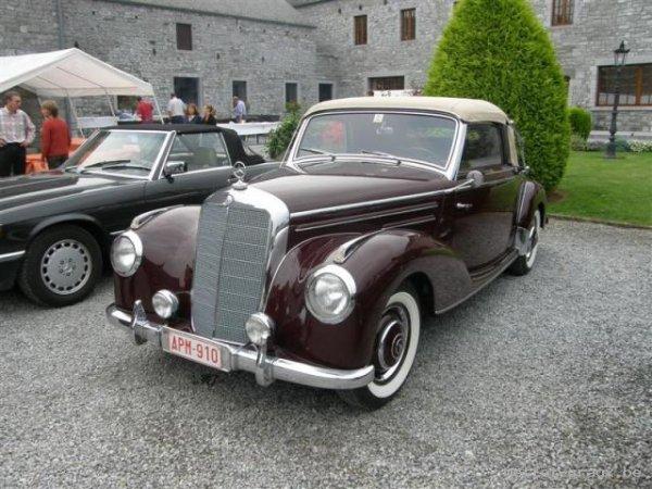 Il m arrive aussi d aller aux expos de voitures anciennes jm decouvrir ces anciens modèles bichonnées par leurs propriétaires
