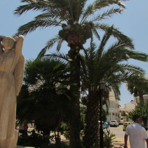 Un peu de Grèce...alembic pour le Raki, ptis pains au four, sritaki, bâtiments traditionnels