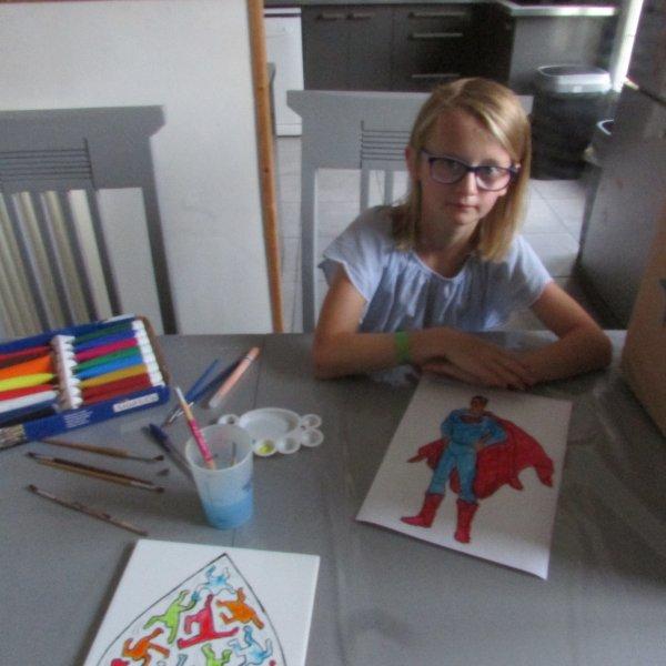 Peinture d'un super héro pour le petit fils de la voisine de 2 ans