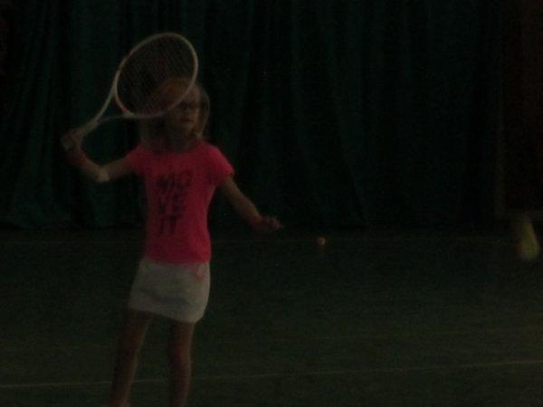 Méline a aussi fait une très bonne séance de tennis !