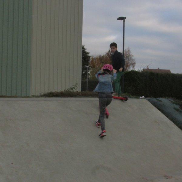 Skate park pendant le foot de Jules...j'adore !
