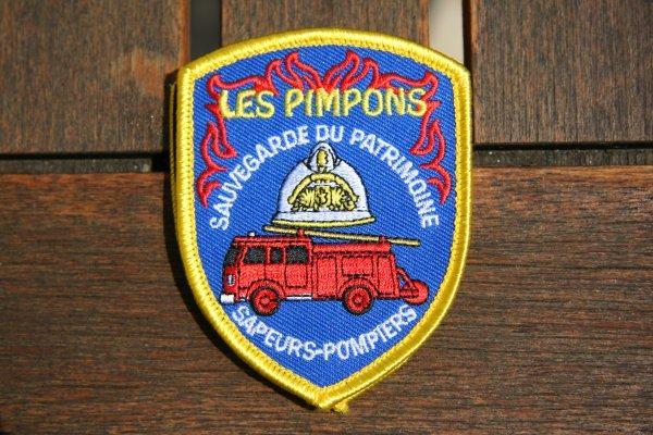 """Nouveau: L'écusson de mon association """"Les Pimpons"""""""