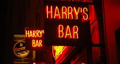 LE HARRY'S BAR DANS LE PARISIS CODE