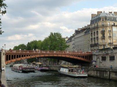 LA LIGNE D'AMOUR DE PARIS