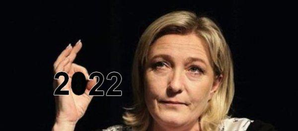 Marine Le Pen, un destin gravé dans Paris.