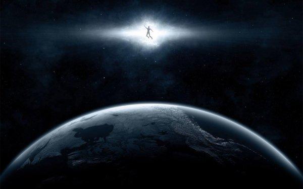 Quand le Sage montre son doigt, l'imbécile regarde les étoiles...