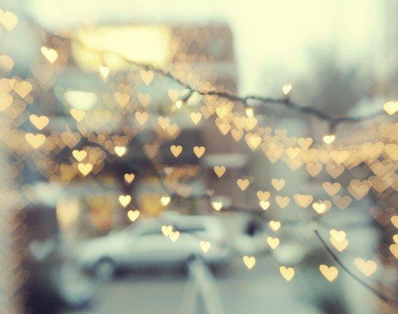 Coeurs et lumières... Symbole de l'amour :)