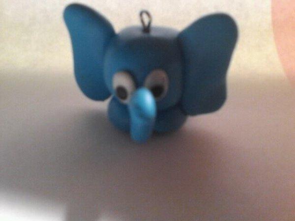 Petit éléphant bleu