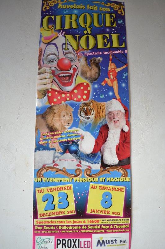 Cirque de Noël Auvelais 2011-2012 par le cirque Franco-Canadien