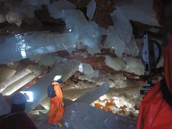 Naïca, la grotte aux cristaux géants